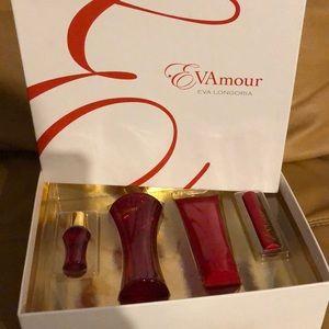 Eva Longoria ladies set brand new